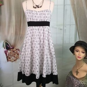 My Michelle White and Black Summer Dress